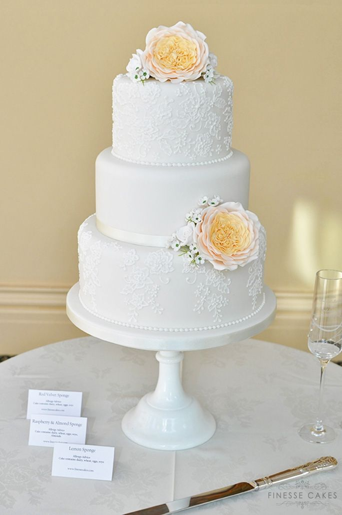 david austin rose lace wedding cake